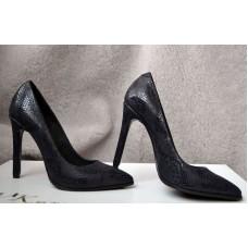 Женские туфли лодочки на шпильке кожаные 0017АВМ