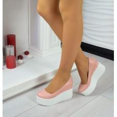 Женские туфли кожаные на высокой платформе цвета разные 0325УКМ