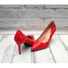 Женские туфли лодочки лаковые красные 0145КФМ