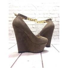 Женские стильные туфли высокая танкетка экозамша бежевые 0205-1КФМ