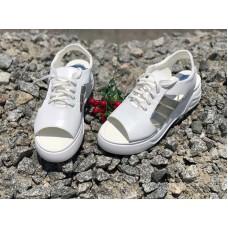 Босоножки без каблука женские кожа белые 0627УКМ