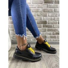 Женские туфли без каблука кожаные черные 0723УКМ