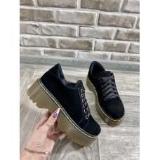 Женские замшевые туфли на платформе черные Uk0726